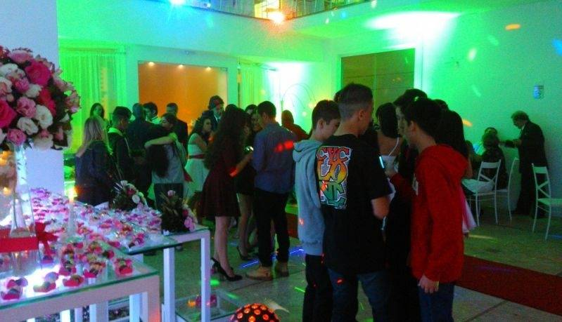 Salão para Aniversário de Quinze Anos Barato Santo André - Salão para Festa de 15 Anos
